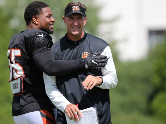 Cincinnati Bengals special teams coordinator Darrin Simmons should be a coach teams look to interview for a head coaching position in 2018.