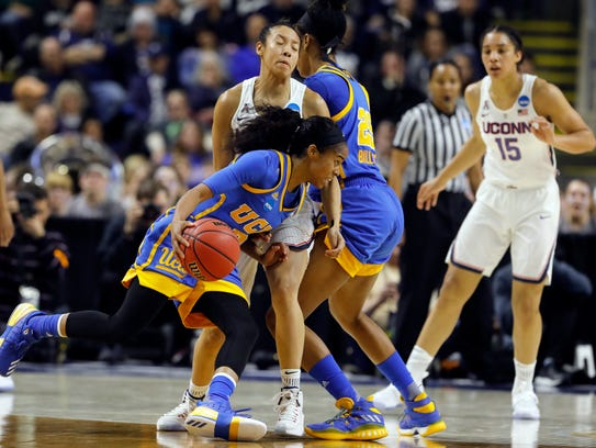 Ossining's Chong steps up for UConn in Sweet Sixteen win ...