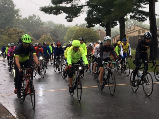 Tour de Valley cyclists take off from Ridgeview Park