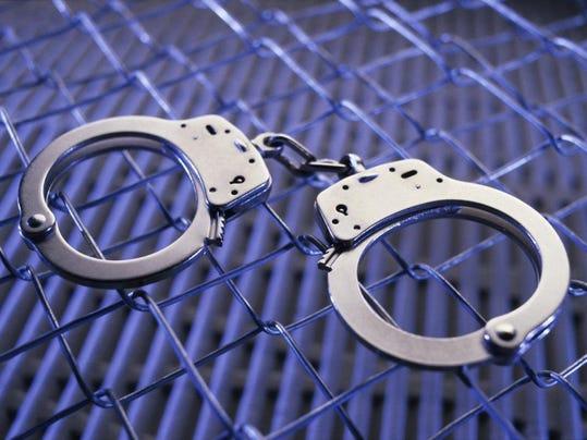 arrest handcuffs2