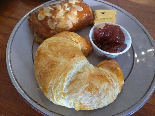 636645882671382766-Chelsea-Croissants--RENNE.jpg