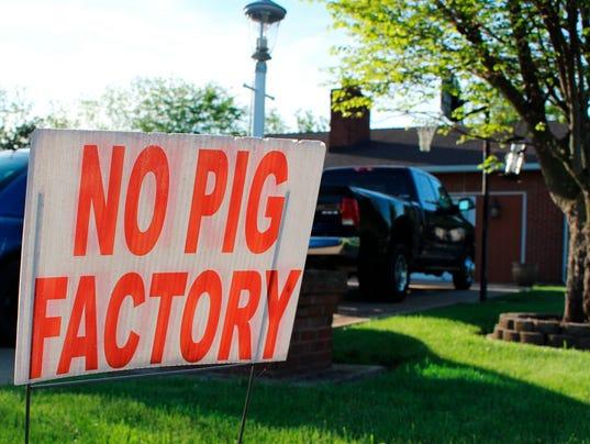 WSF 0529 PA hog farm 3.jpg