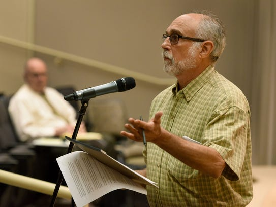 Don Safer speaks during a public meeting to discuss the environmental scoping process for the Clinch River nuclear site permit application May 15, 2017, in Oak Ridge.
