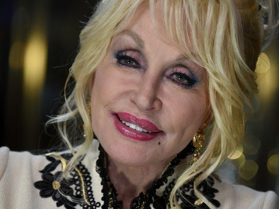 "Dolly Parton helped launch Dollywood's ""Season of Showstoppers"""