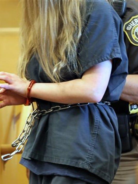 635513855534050504-girl-stabbing-trial