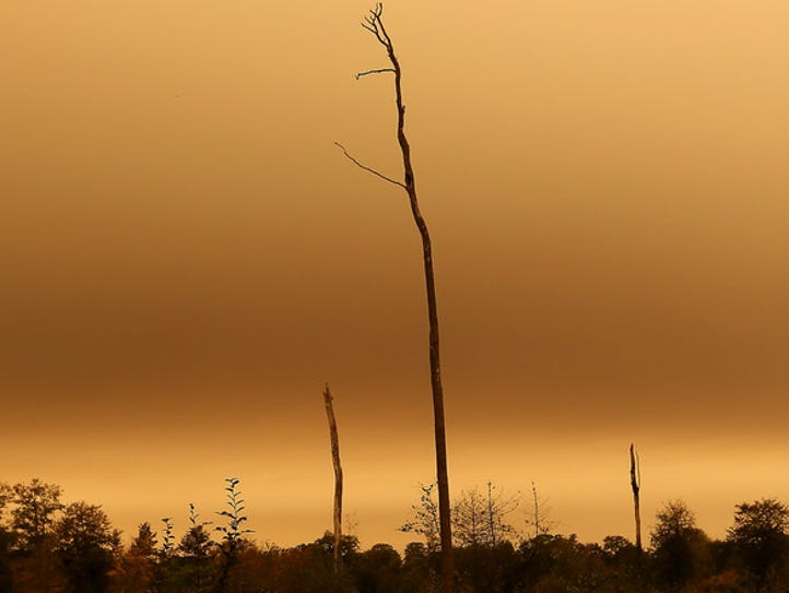 The sky turns orange and yellow in Brittany last month