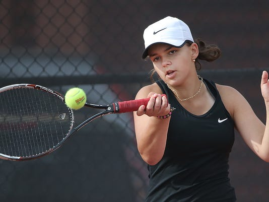 01_HS_Tennis.jpg
