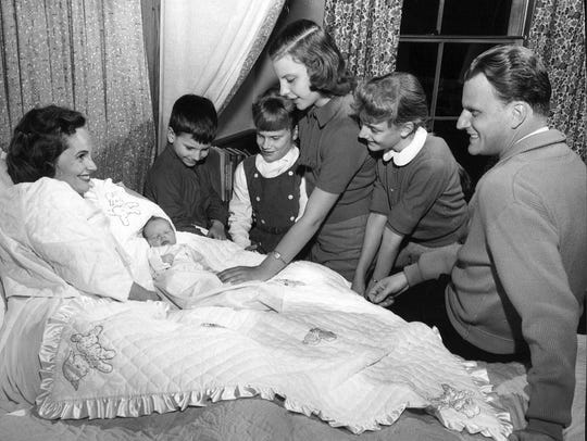 RUTH AND BILLY GRAHAM WITH BABY NED AND CHILDREN FRANKLIN,