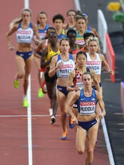 Molly Huddle leads the second heat in the women's 5,000