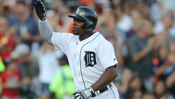 Tigers leftfielder Justin Upton homers during the second