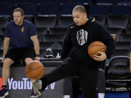 NBA_Finals_Basketball_95777.jpg