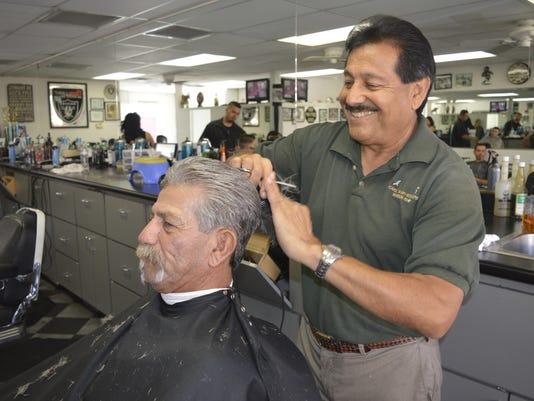 Carlos barber Shop 011