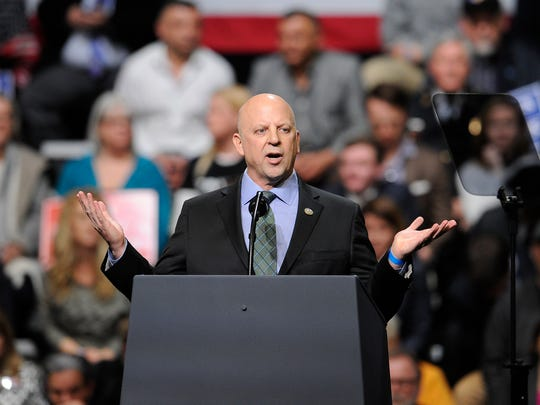 U.S. Congressman Scott DesJarlais addresses the crowd