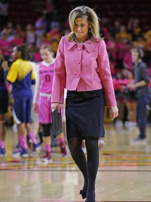 Charli Turner Thorne's ASU women's basketball team drops two spots to No. 12 in the AP top 25 after splitting against Stanford and California.