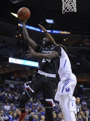 Shaq Thomas has tried to play through injury, but he was limited to 11 minutes at Memphis on Saturday.