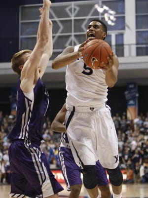 Trevon Bluiett averaged 18 points and 5.3 boards while shooting 67.9 percent in Xavier's 3-0 start.