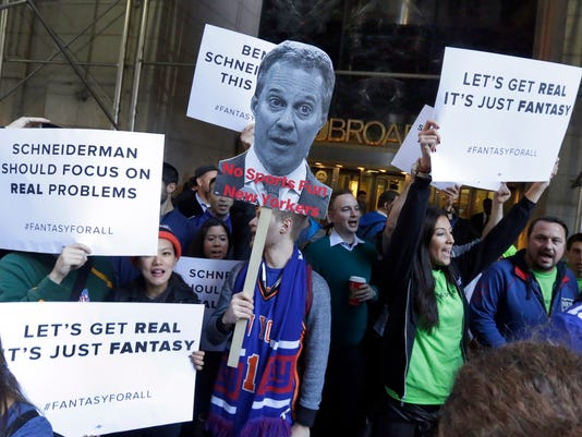 Daily fantasy sports supporters stage rally against New York attorney general's ruling