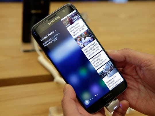 File photo taken in 2016 shows Samsung Galaxy S7 Edge