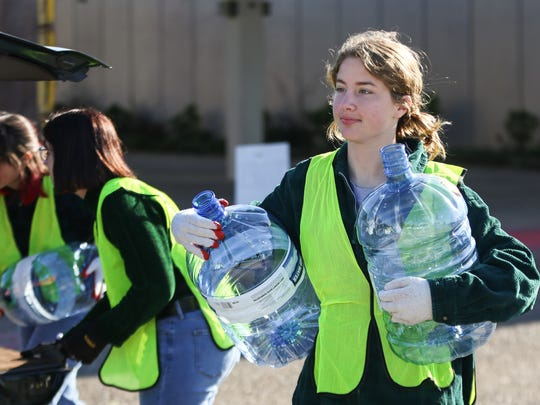 Ouachita Green holds an America Recycles Day event
