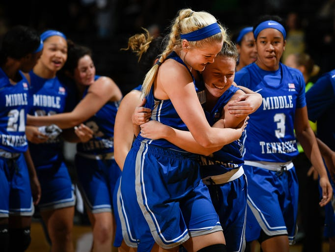 Middle Tennessee forward Rebecca Reuter (24) and guard