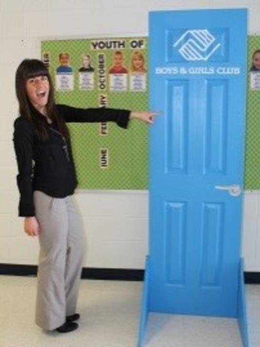 636258643011777902-blue-door.jpg