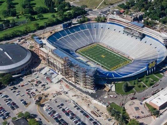 -Michigan_Stadium_Aerial_MITD101.jpg_20080815.jpg