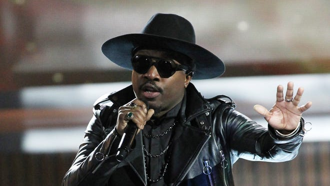 """In this July 1, 2016 file photo, singer Anthony Hamilton performs at the 13th Annual McDonald's 365 Black Awards in New Orleans. Hamilton has sung the national anthem in the past and does not plan to sing it in the future, """"We need a new song, one that really speaks for all of us, or bring some new life to the one that we have."""""""