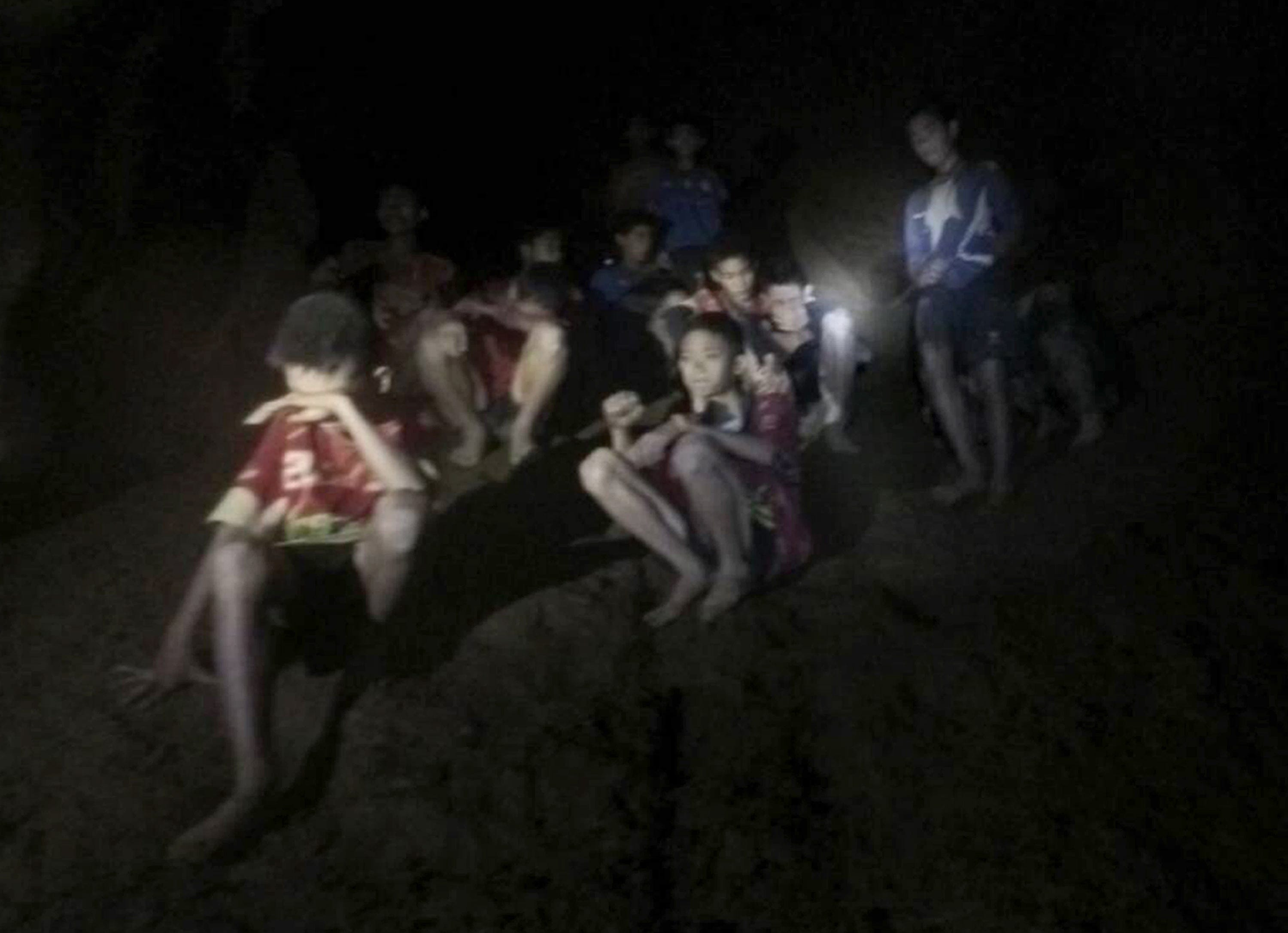 Thai cave: 8 boys freed from Tham Luang in 2 days of rescues recommend