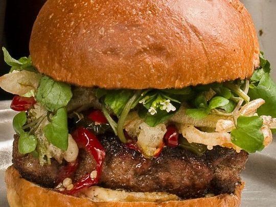 La hamburguesa dulce y picante de Dorian.