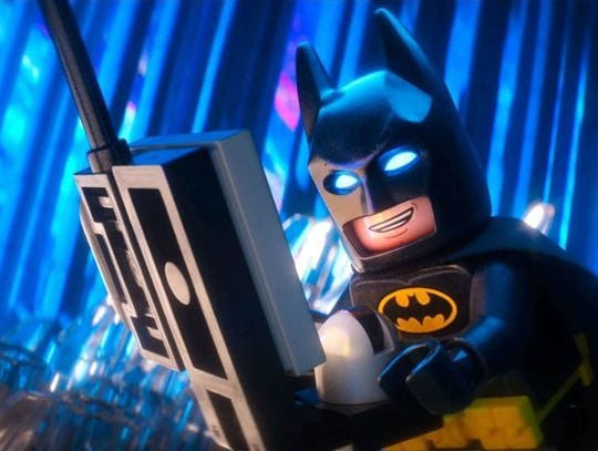 Mire a Batman en una pantalla grande de 32 pies de