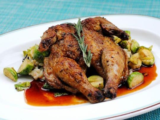 El pollo asado con hierbas Cornualles en ZuZu.