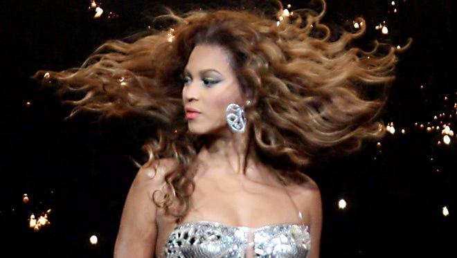 Beyoncé performs at the Palace of Auburn Hills, Aug. 17, 2007.