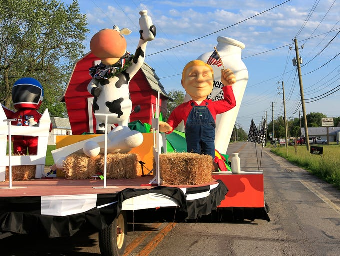 The 500 Festival Parade floats leave Expo Design, 5906 S. Harding St., Indianapolis headed to Downtown after rush hour on Thursday.