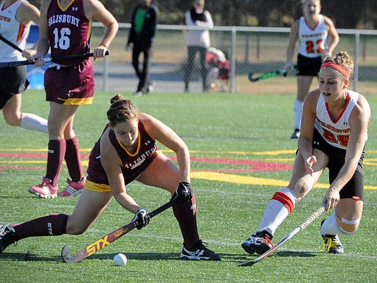 Salisbury's Jessie Todd prepares to pass against Ursinus