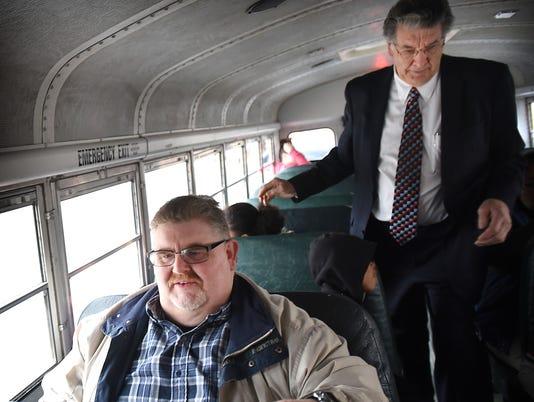 LDN-MKD-032016-church bus
