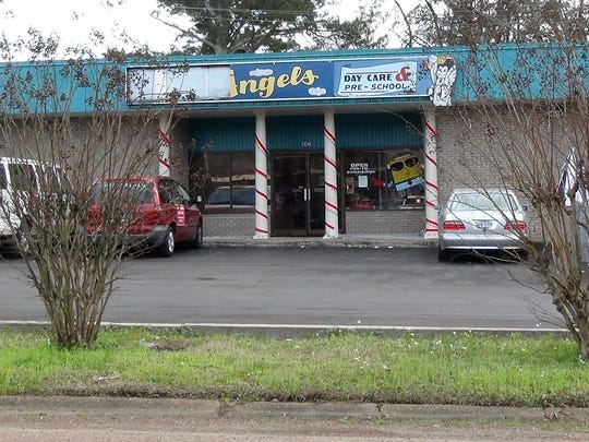 Lil' Angels Day Care Daycare & Pre-school