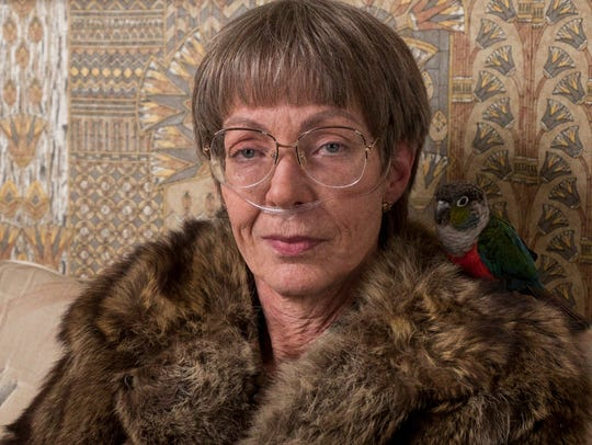 Allison Janney plays Tonya Harding's caustic mom LaVona