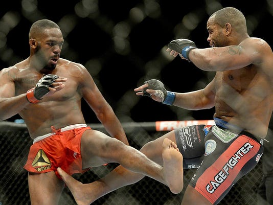 MMA: UFC 182-Jones vs Cormier