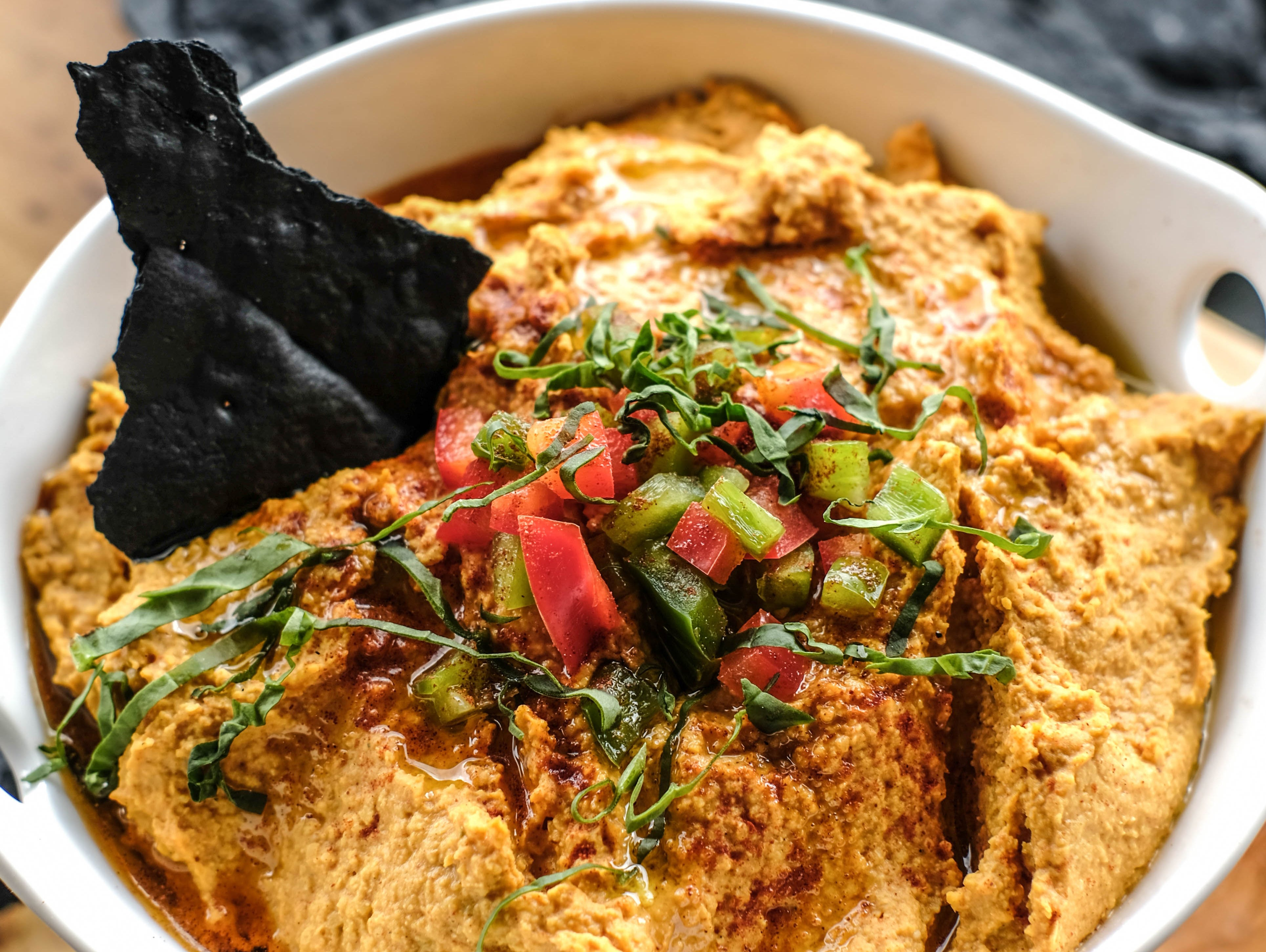 Check out this delicious hummus recipe by Taste of the NFL and Chef Mo Hassan.