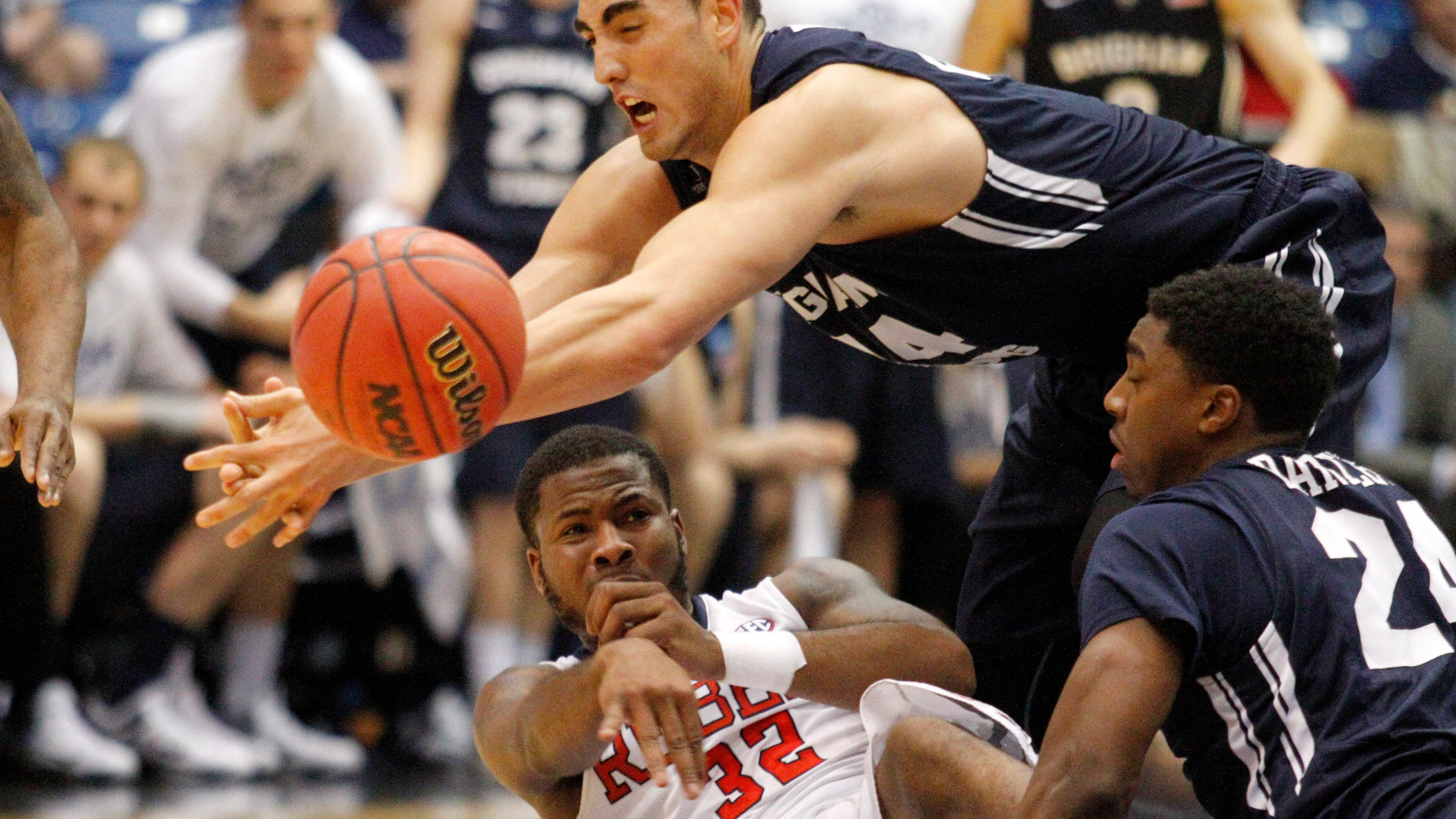 Hampton goes wire-to-wire, Ole Miss comes back to beat BYU