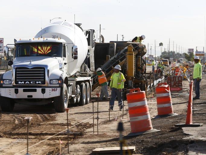 6 MAJOR PHOENIX ROAD PROJECTS: Street construction