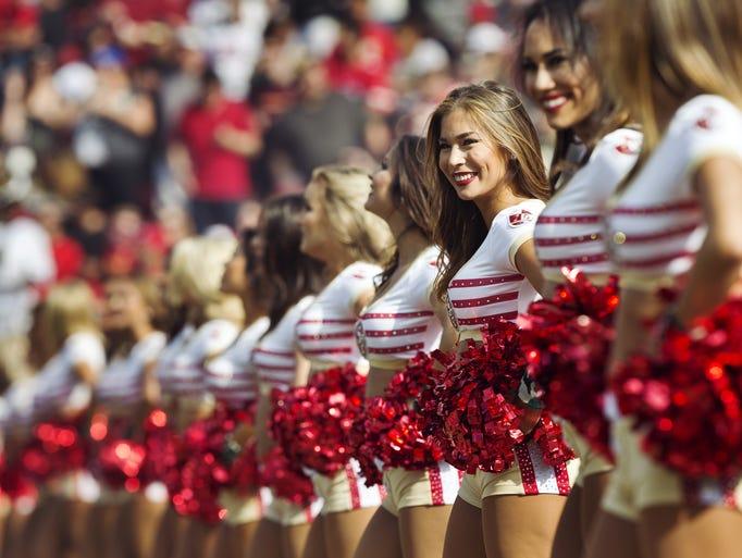 Nfl Cheerleaders In 2016 Season