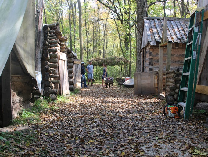 Volunteers have recreated Civil War-era cabins on the