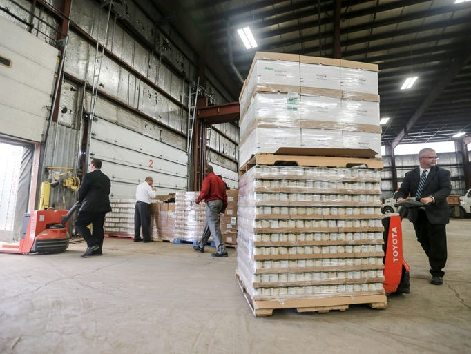 8 Photos Hyvee Fills New Dmarc Food Warehouse