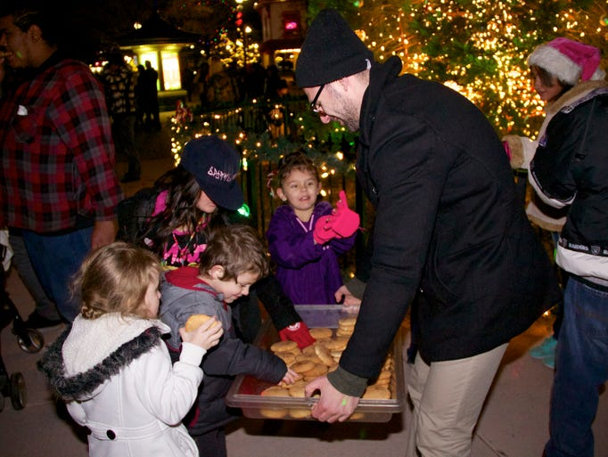 the annual tree lighting ceremony was held dec 2
