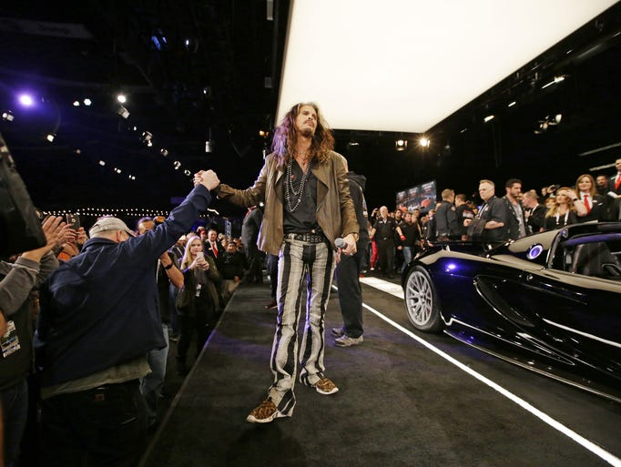 steven tyler auctions his car at 2017 barrett jackson. Black Bedroom Furniture Sets. Home Design Ideas