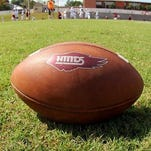 Football_onGrass_HCCvsCLCC_2014_1435 (1)