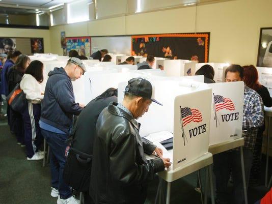 EPA USA ELECTION VOTING POL ELECTIONS USA CA