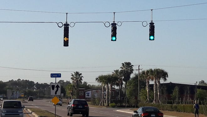 Blinking yellow traffic lights are becoming a thing in Florida. Traffic experts say they help to prevent crashes when people try to make a left turn on a green light with oncoming traffic.