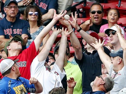 USP MLB: LOS ANGELES ANGELS AT BOSTON RED SOX S BBA BOS LAA USA MA